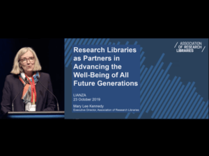 Mary Lee Kennedy giving keynote address at LIANZA 2019